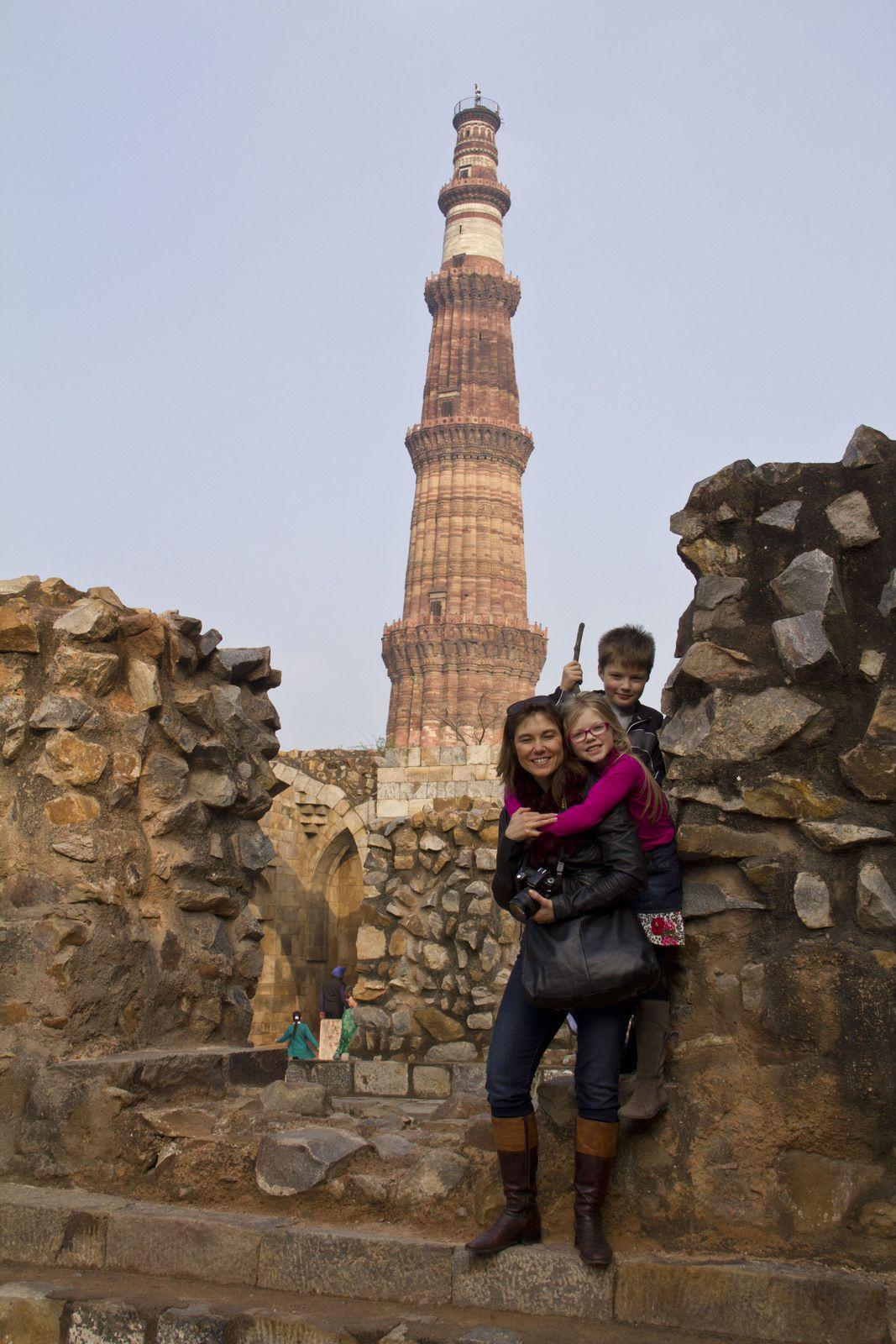 A Dehli : Visite d'Humayum's Tomb avec Sandrine puis Qutb Minar avec Sandrine, Elodie et Thomas