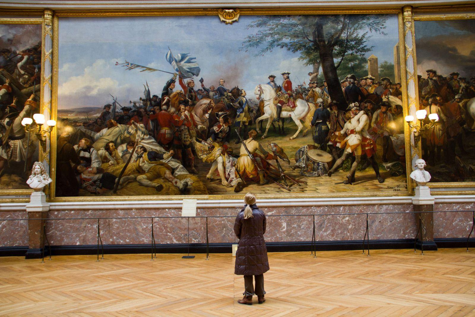 La galerie des batailles : bataille de Bouvines (1214), bataille de Fontenoy (1745), bataille d'Austerlitz (1805)