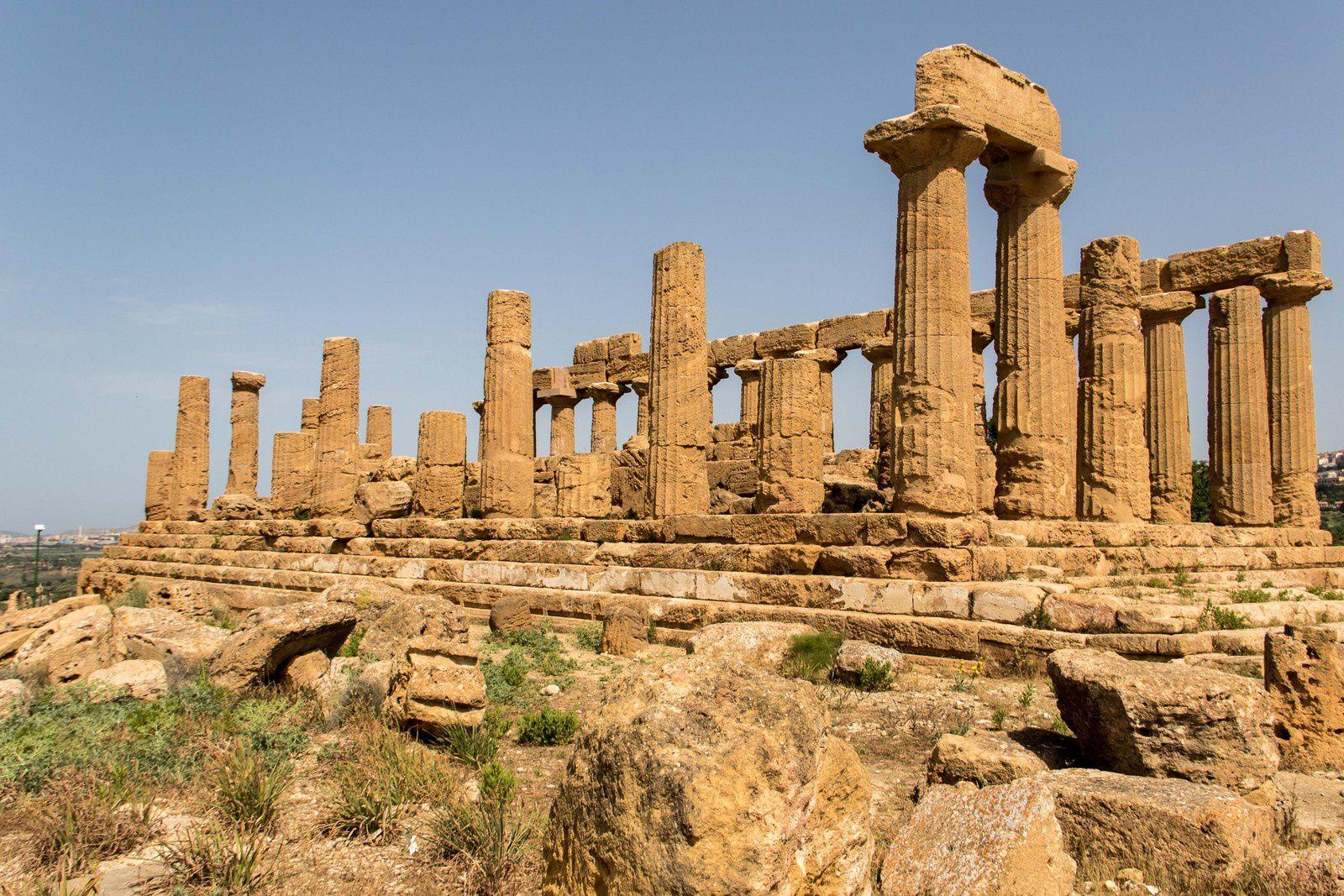 La vallée des temples : Le temple de Junon, le temple de la Concorde, le temple d'Hercule, le temple de Castor et Pollux