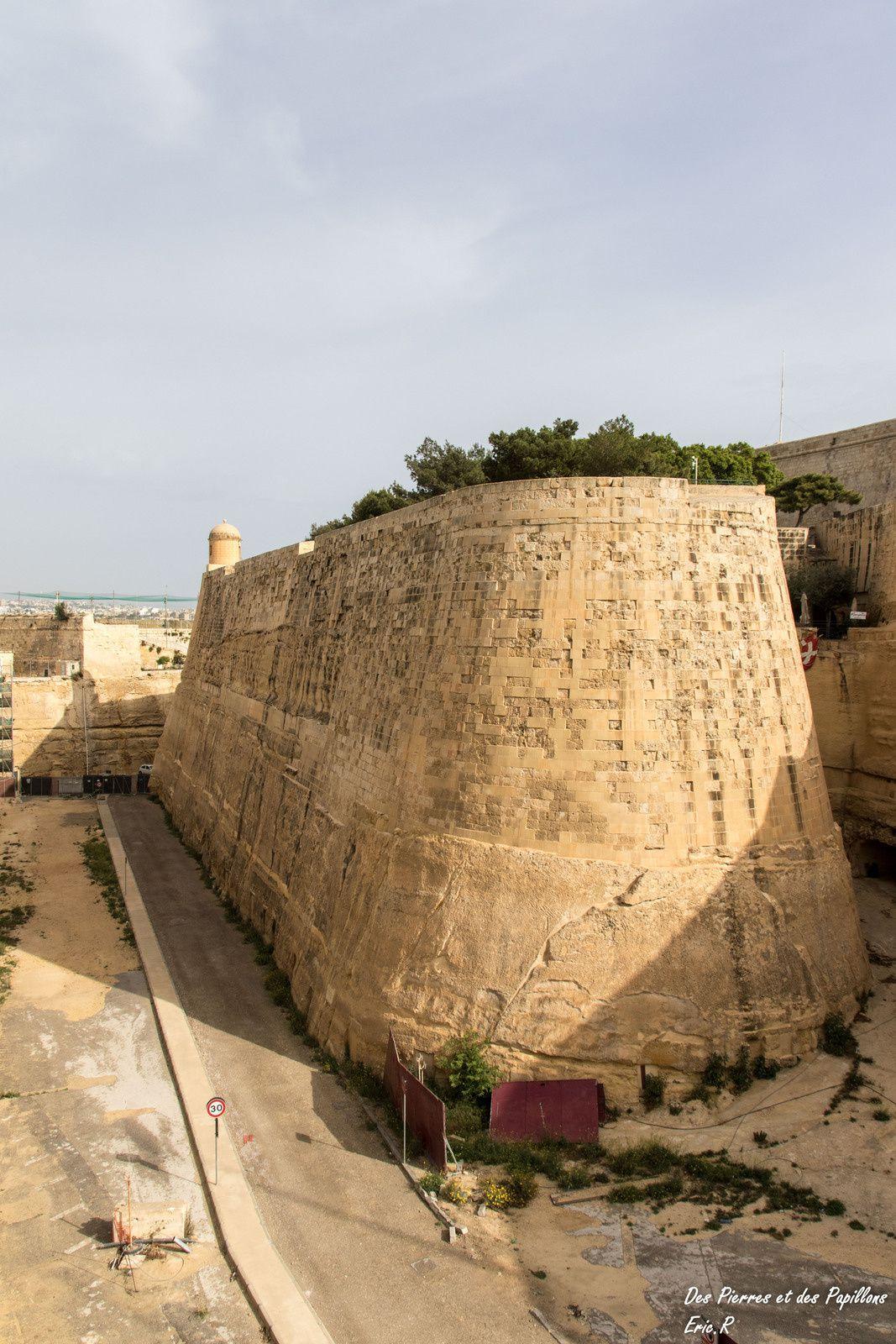 Malte : La Valette, le port de Marsaxlokk et les Tarxien Temples.