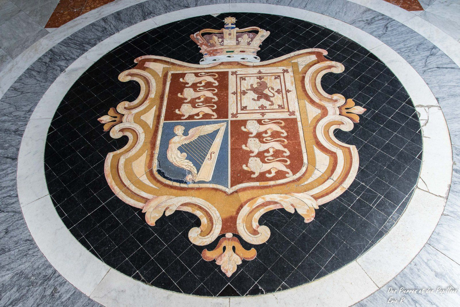 Vues du palais des grands maîtres de l'ordre de Malte