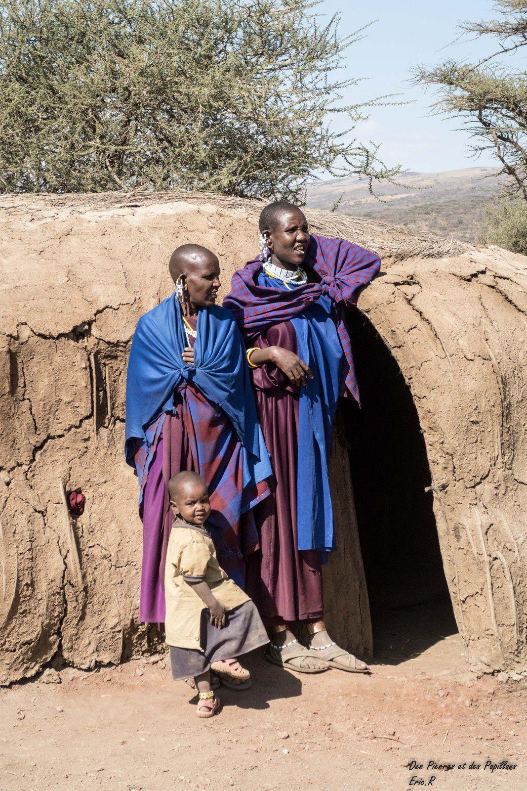 Quelques masaïs dans leur village