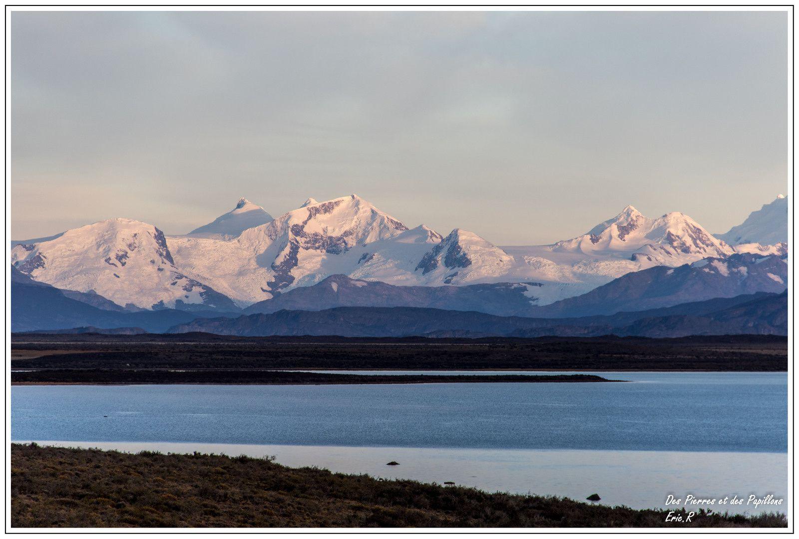 Lever de soleil sur la cordillère des Andes