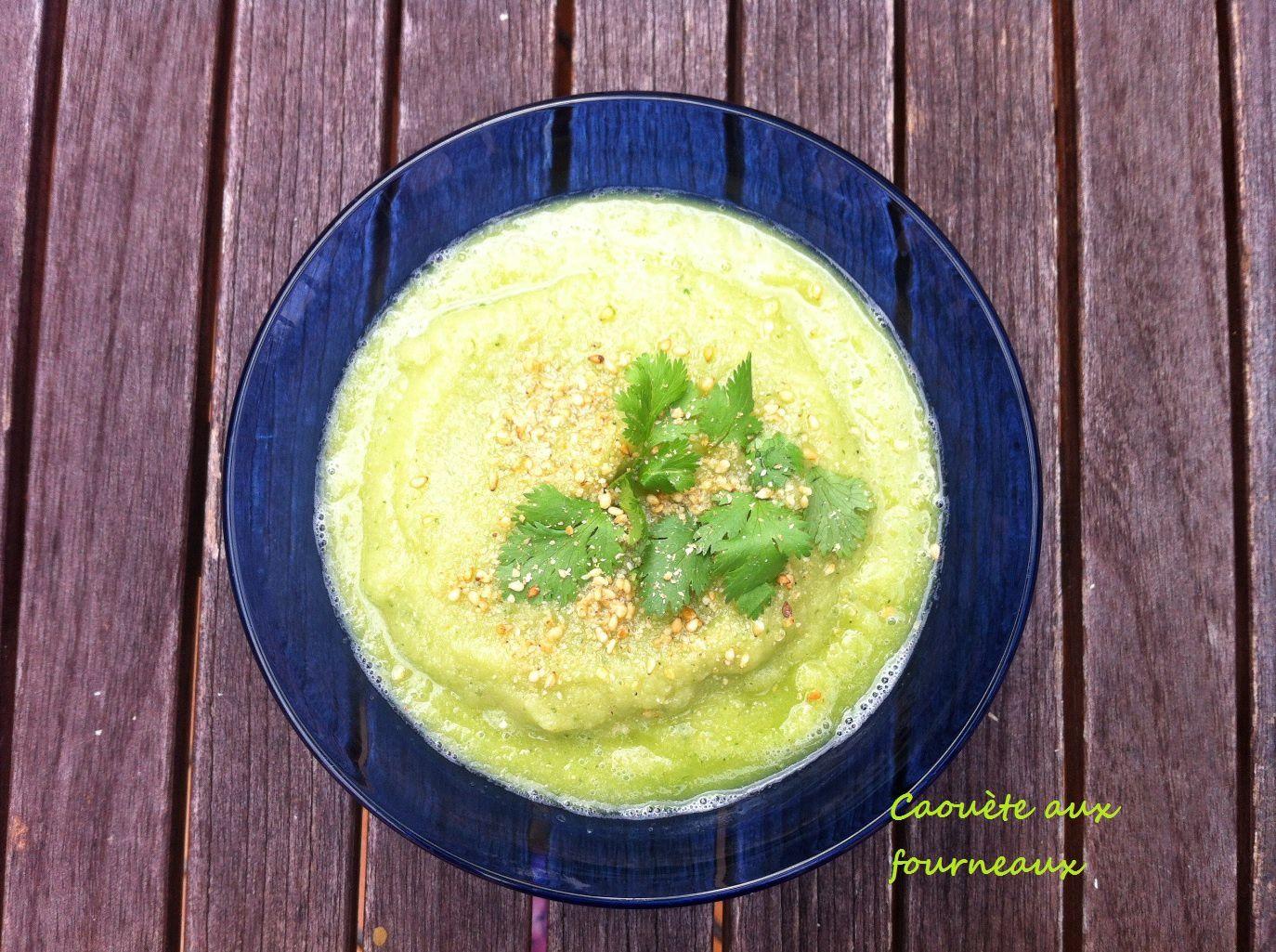 Soupe froide au concombre et aux pois chiches