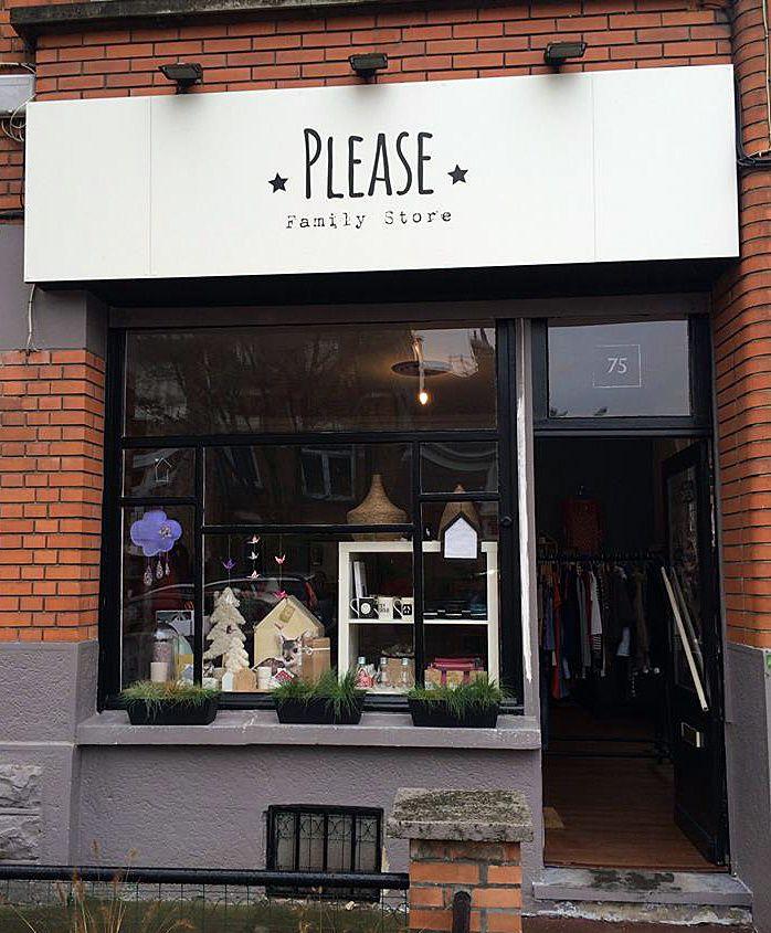 Please Familiy Store à Lambers