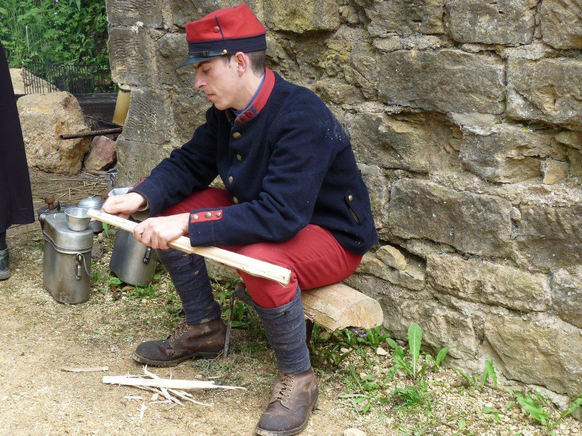 Le pantalon rouge garance des fantassins de 1914