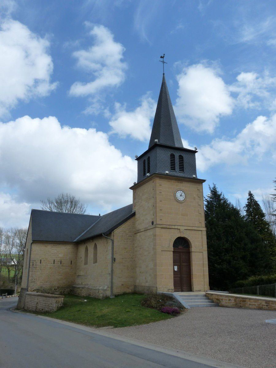 Warnécourt (Ardennes) : l'église