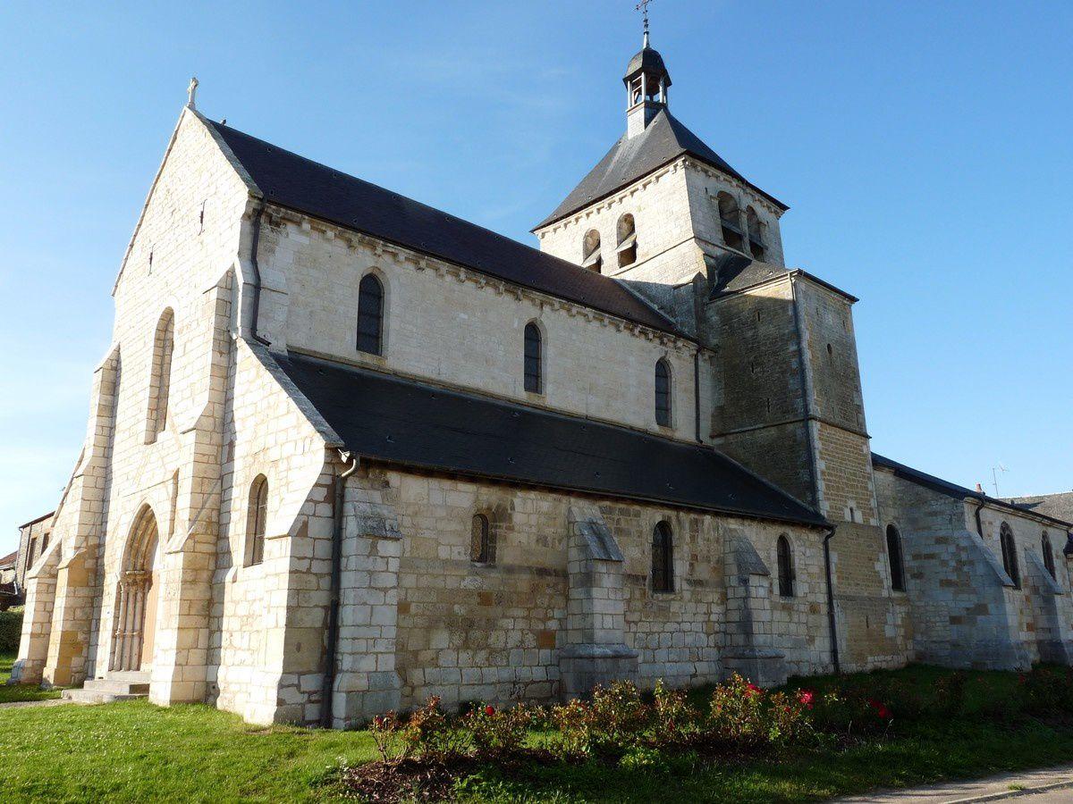 L'église fortifiée de Vendresse (Ardennes)