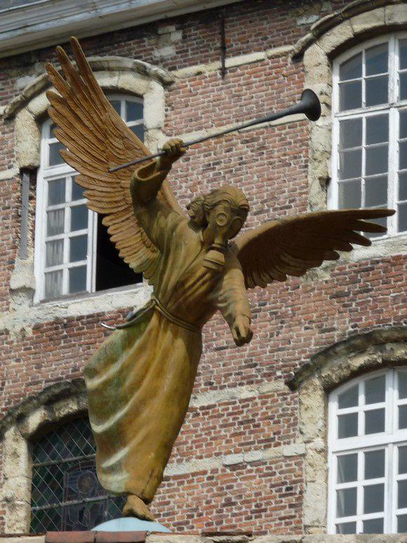 Gand (Belgique) : l'ange de la mort (ou de l'Apocalypse ?)