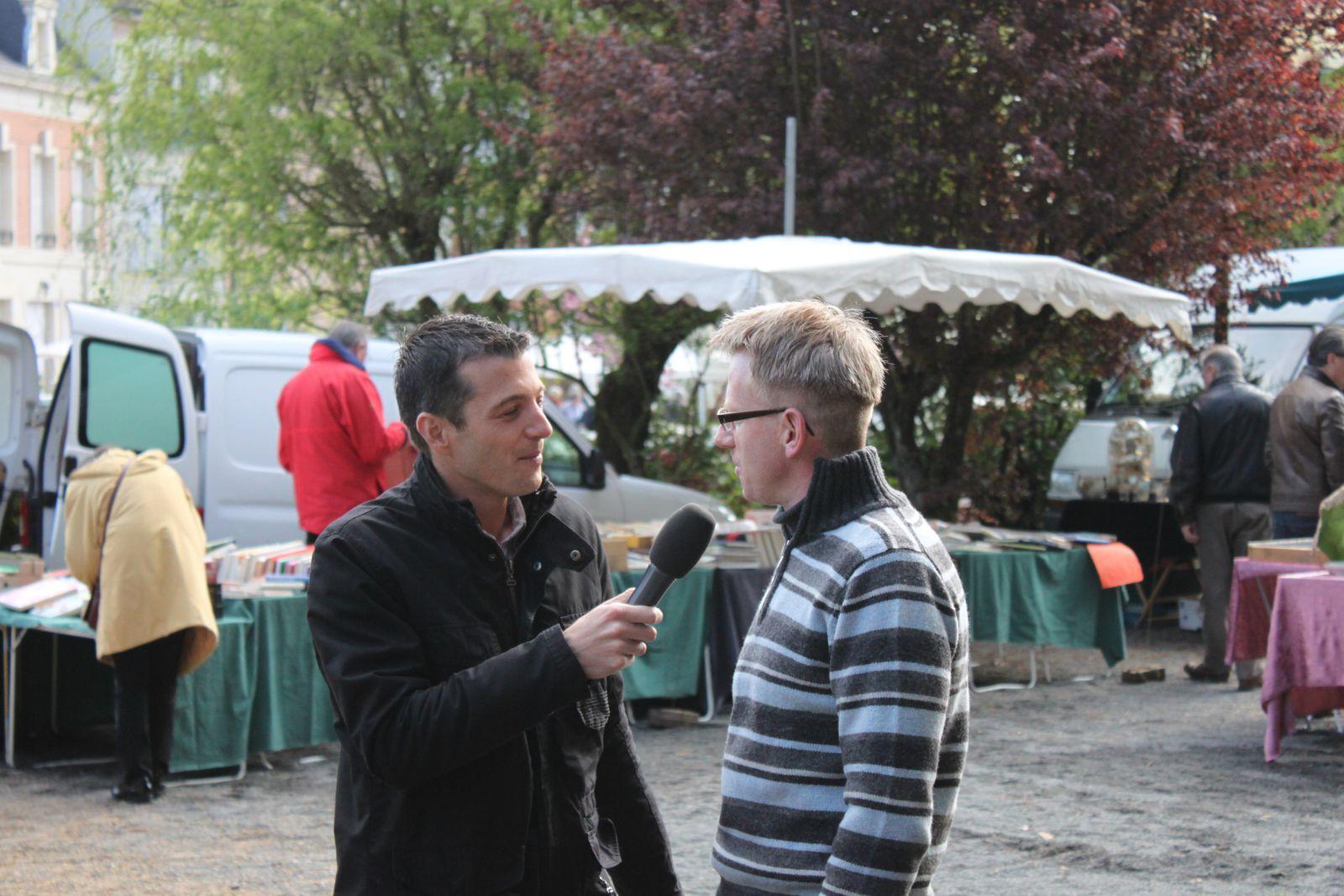 LM tv Sarthe était aux &quot&#x3B;puces antiquités artistes&quot&#x3B; le 28 avril dernier !!