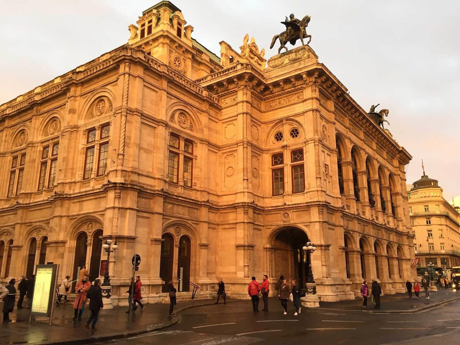 Si je t'écris, ce soir, de Vienne...
