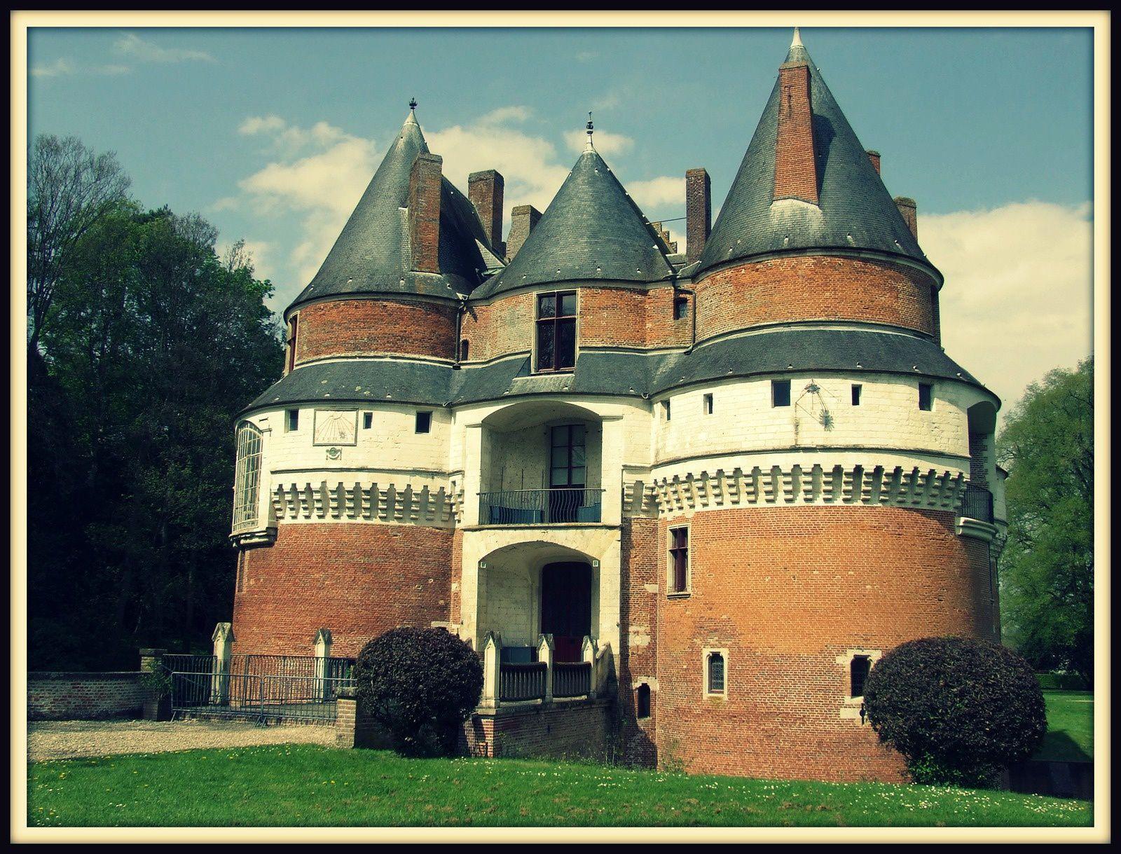 Façade arrière du château de Rambures