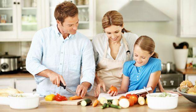 Dîner en famille, un rituel qui devient précieux