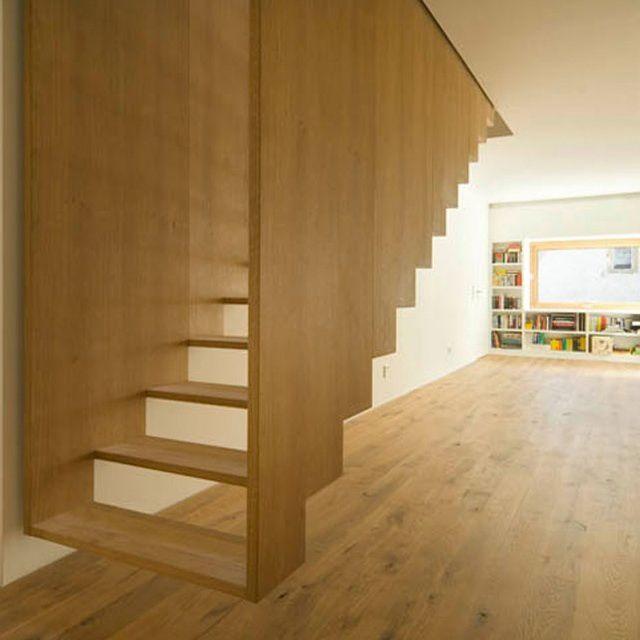 L'escalier qui ne se laisse pas oublier.