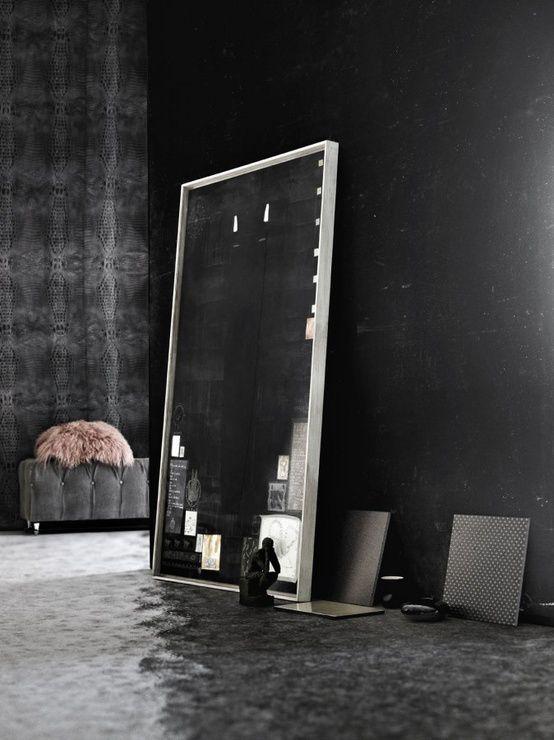 un miroir l 39 int rieur mille m tres carr s. Black Bedroom Furniture Sets. Home Design Ideas