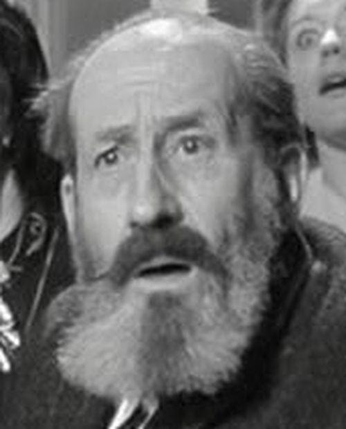 Georges Adet, né en 1894, est le doyen de nos salles cette semaine (acteur dans Rabbi Jacob).