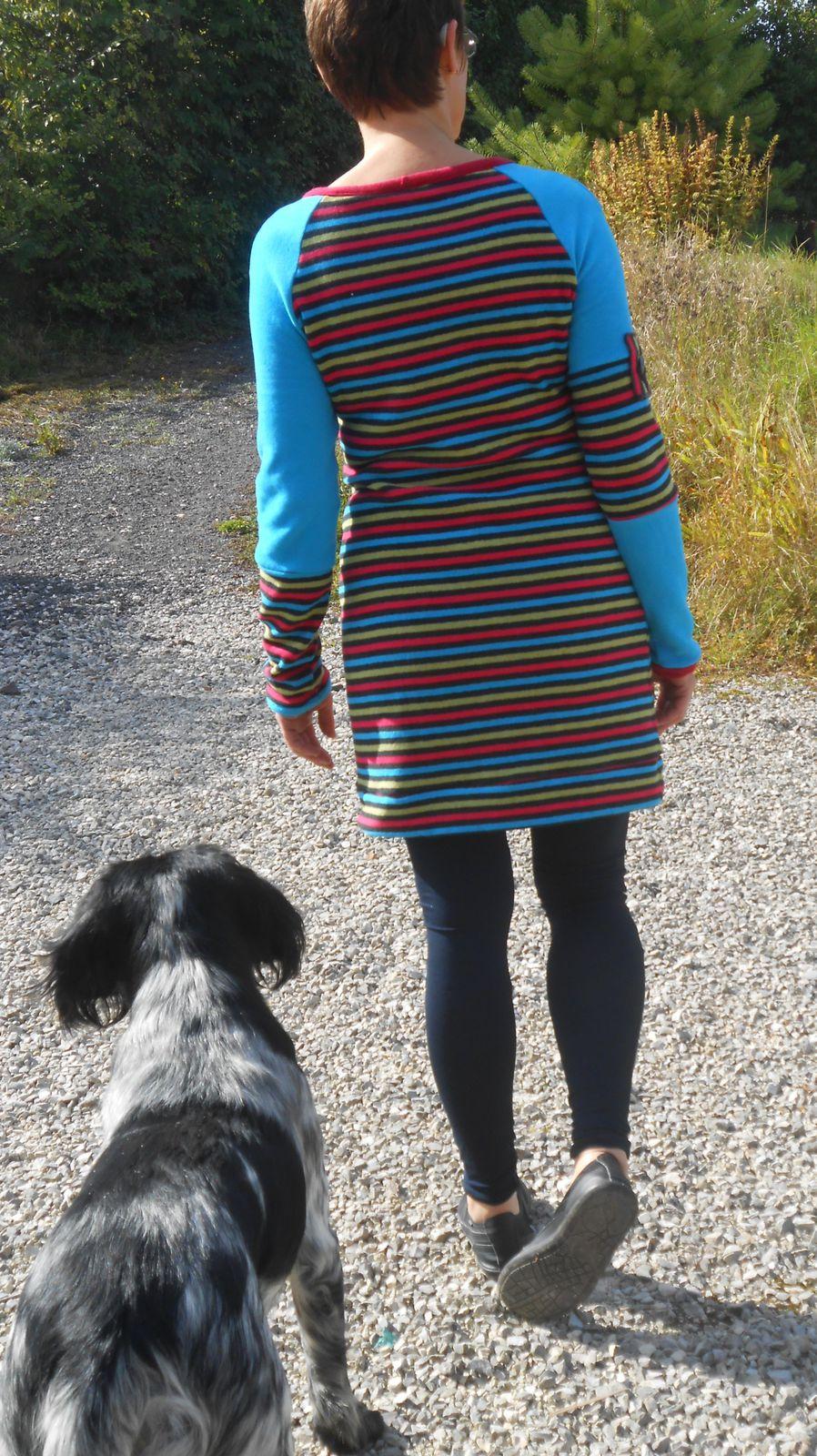 Mon petit chien voulait à tout prix paraître sur la photo ! J'ai essayé de faire travailler mon imagination avec des petits détails.