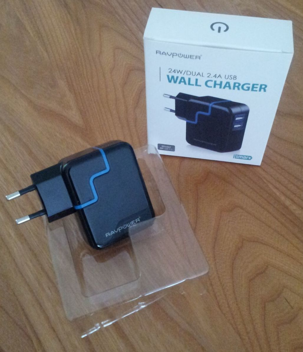 Le Wall Dual Charger en images  .