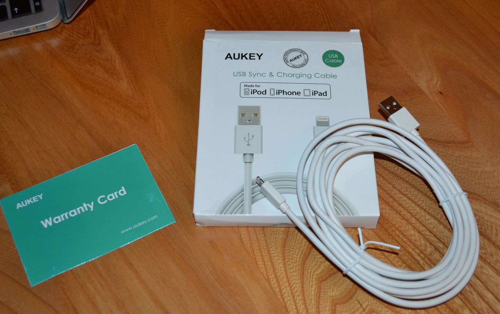 Cable Apple 3 M Aukey