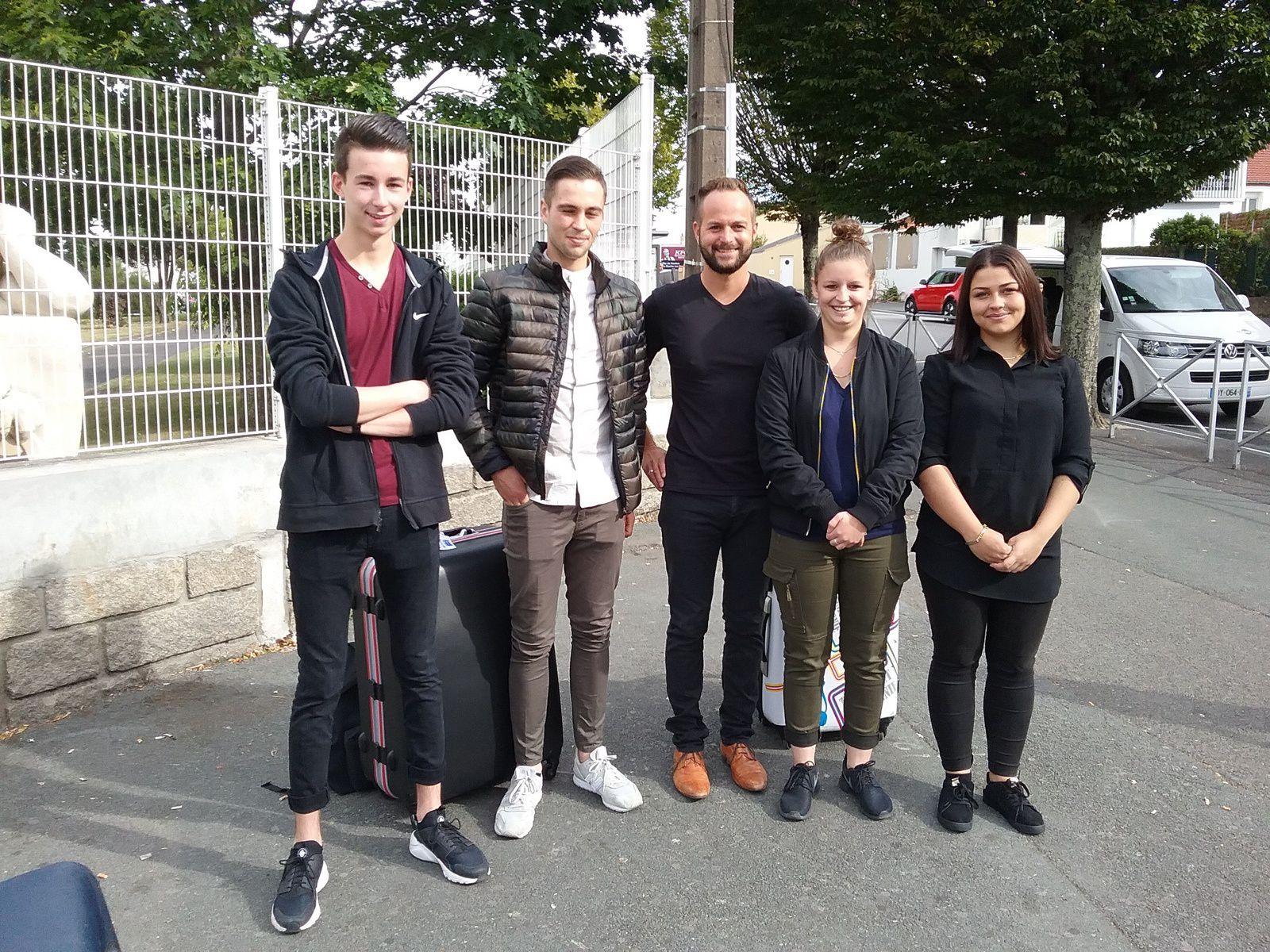 Photo de départ des apprentis pour La Spézia