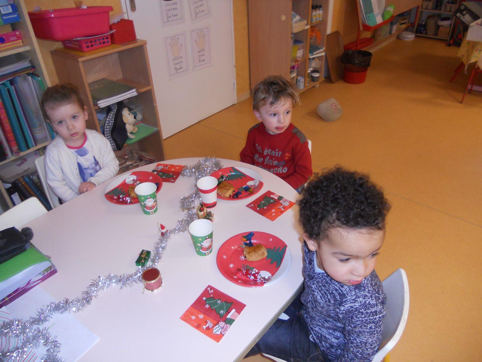 #986433 Le Goûter De Noël En TPS/PS/MS Ecole Maternelle Et  6075 décoration de noel tps/ps 1600x1200 px @ aertt.com