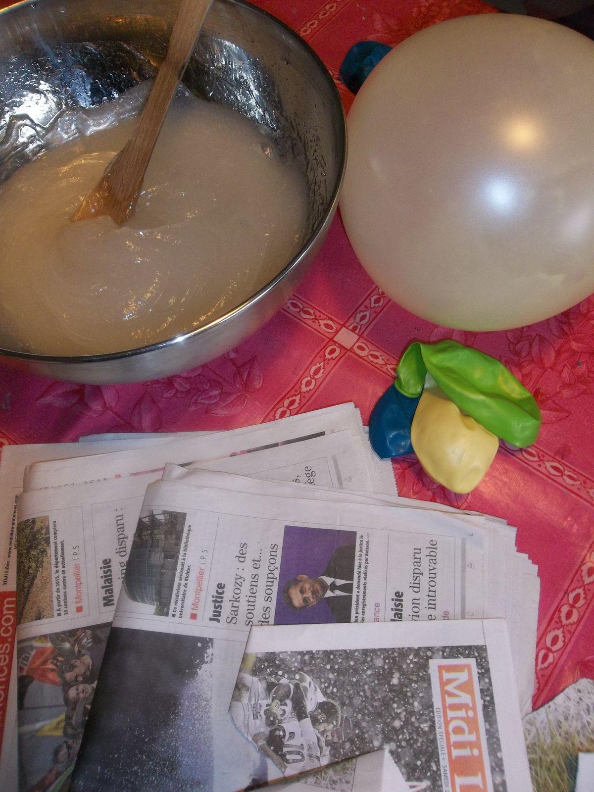 Colle + eau - ballons - journaux