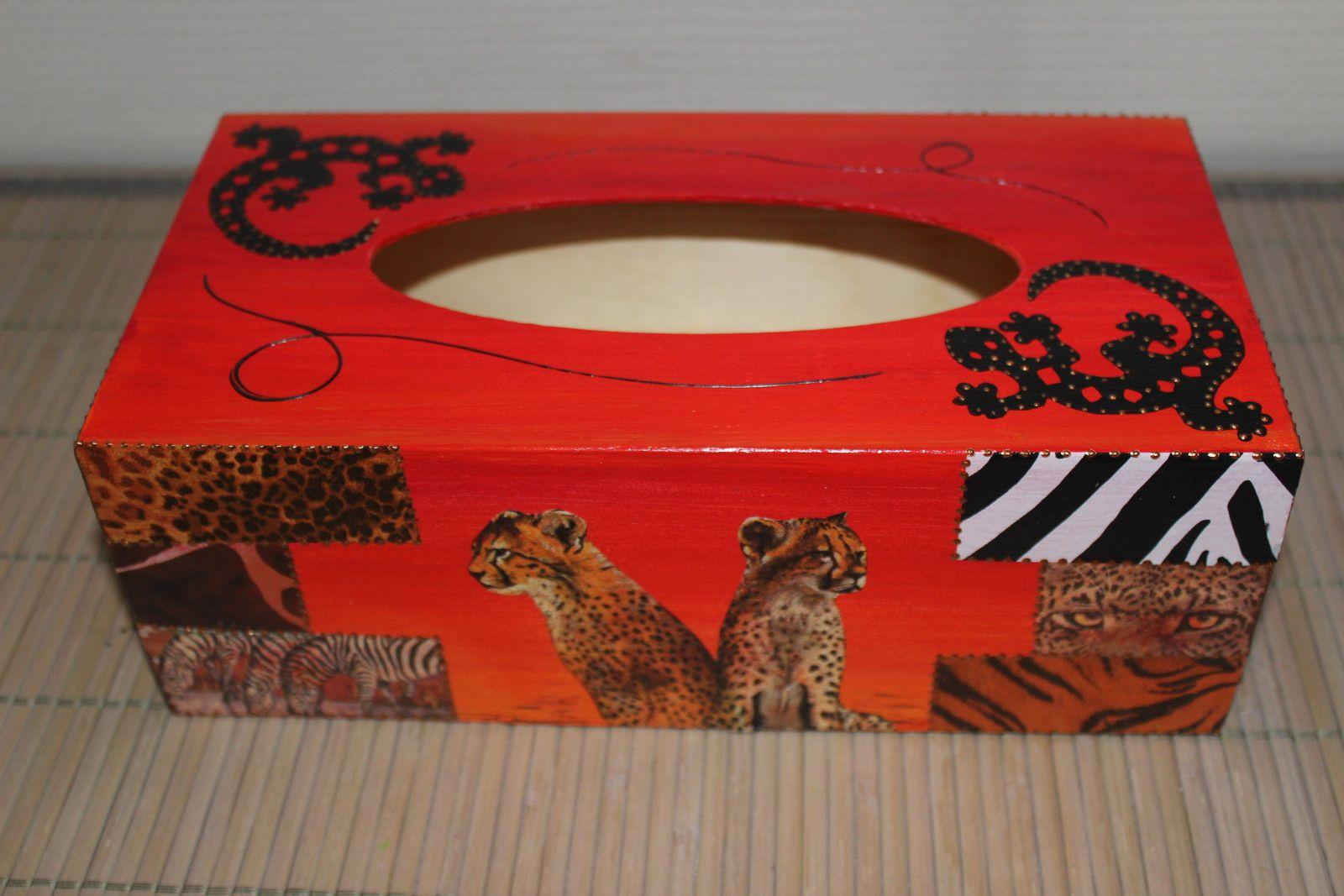 Boîte à mouchoirs Afrique