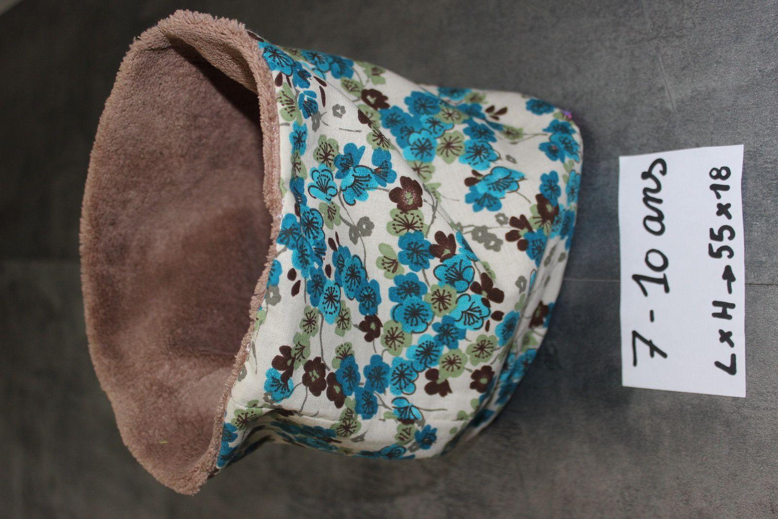 Snood / tour de cou (1 côté minky/polaire et 1 côté coton imprimé) : 10 euros