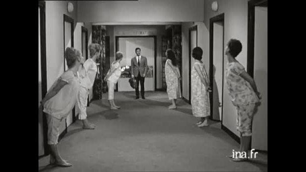 01/07/1961 : Sacha Distel chante &quot&#x3B;A cause de toi&quot&#x3B;