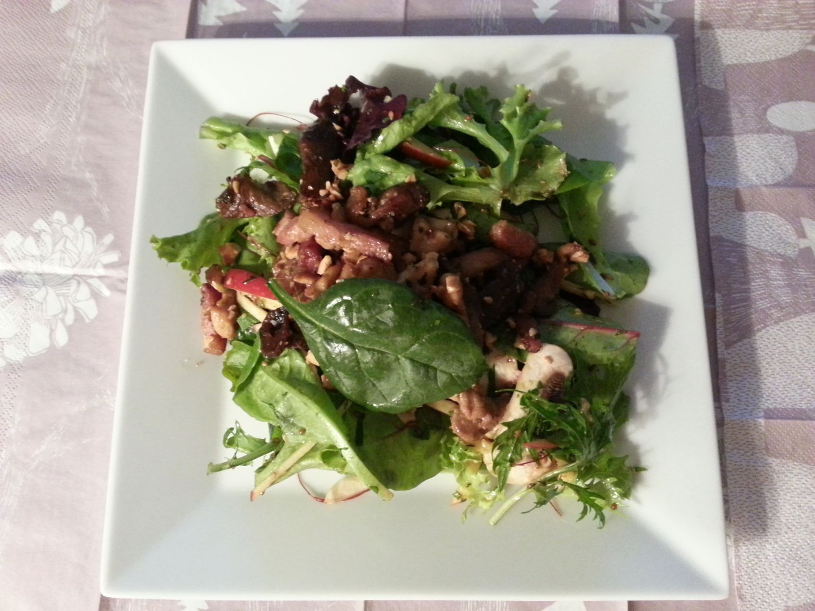 Petite salade du dimanche soir, ou comment recycler ce qui est dans le frigo!