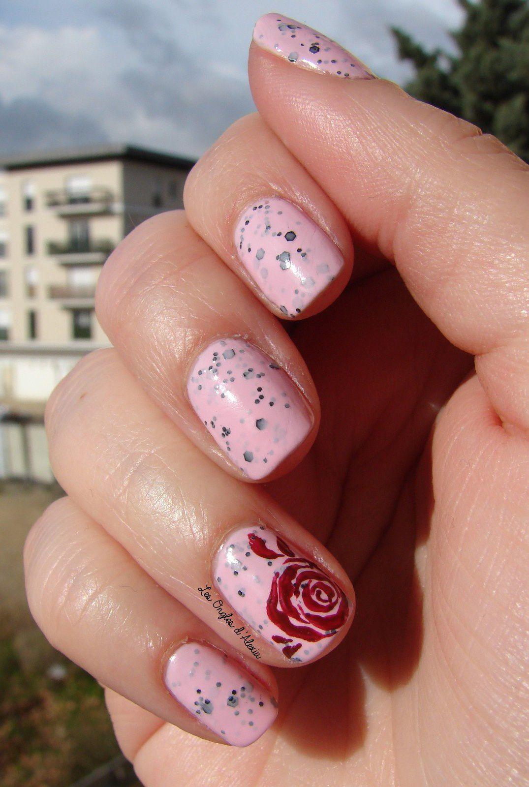 Des Roses By Serah Nail Art