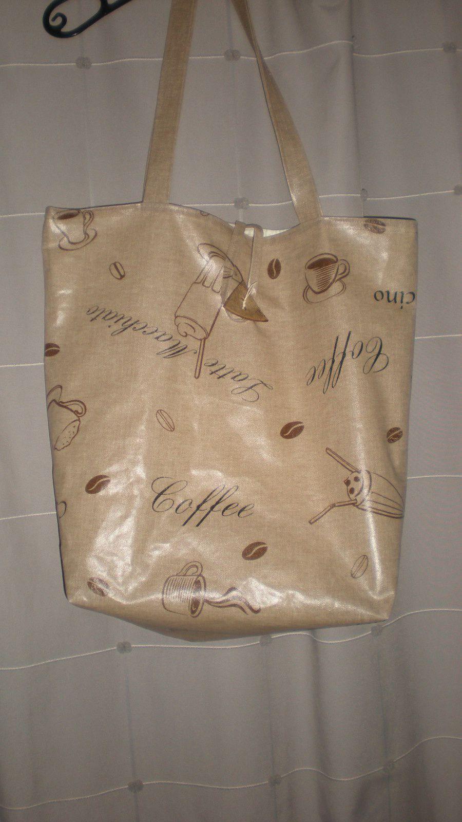 quelques sacs en toile enduite