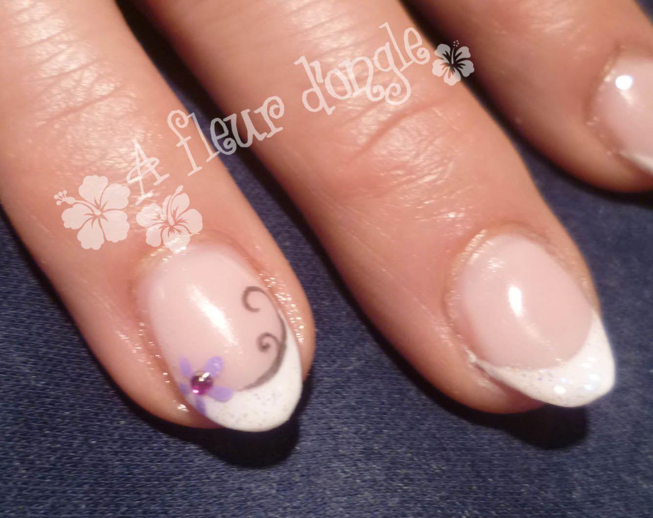 Petites fleurs et strass