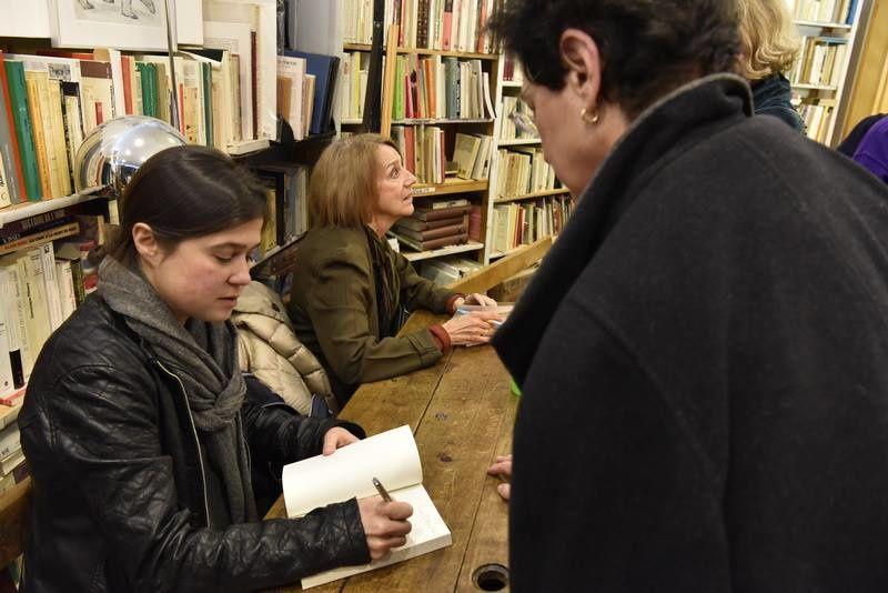 Soirée de La Terrasse de Gutenberg du 20 avril en compagnie de Michèle Gazier, Christine Ferniot, Yves Heck. Merci à Jean-Marie Prouteau pour les photos.