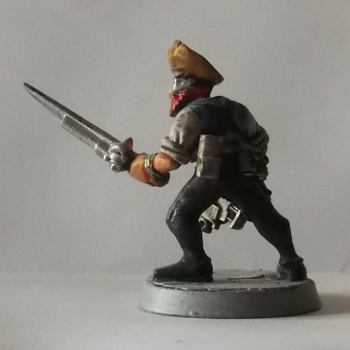 Yooorh. Pirate de l'espace, aux pièces très diverses, et pas mal de résine!