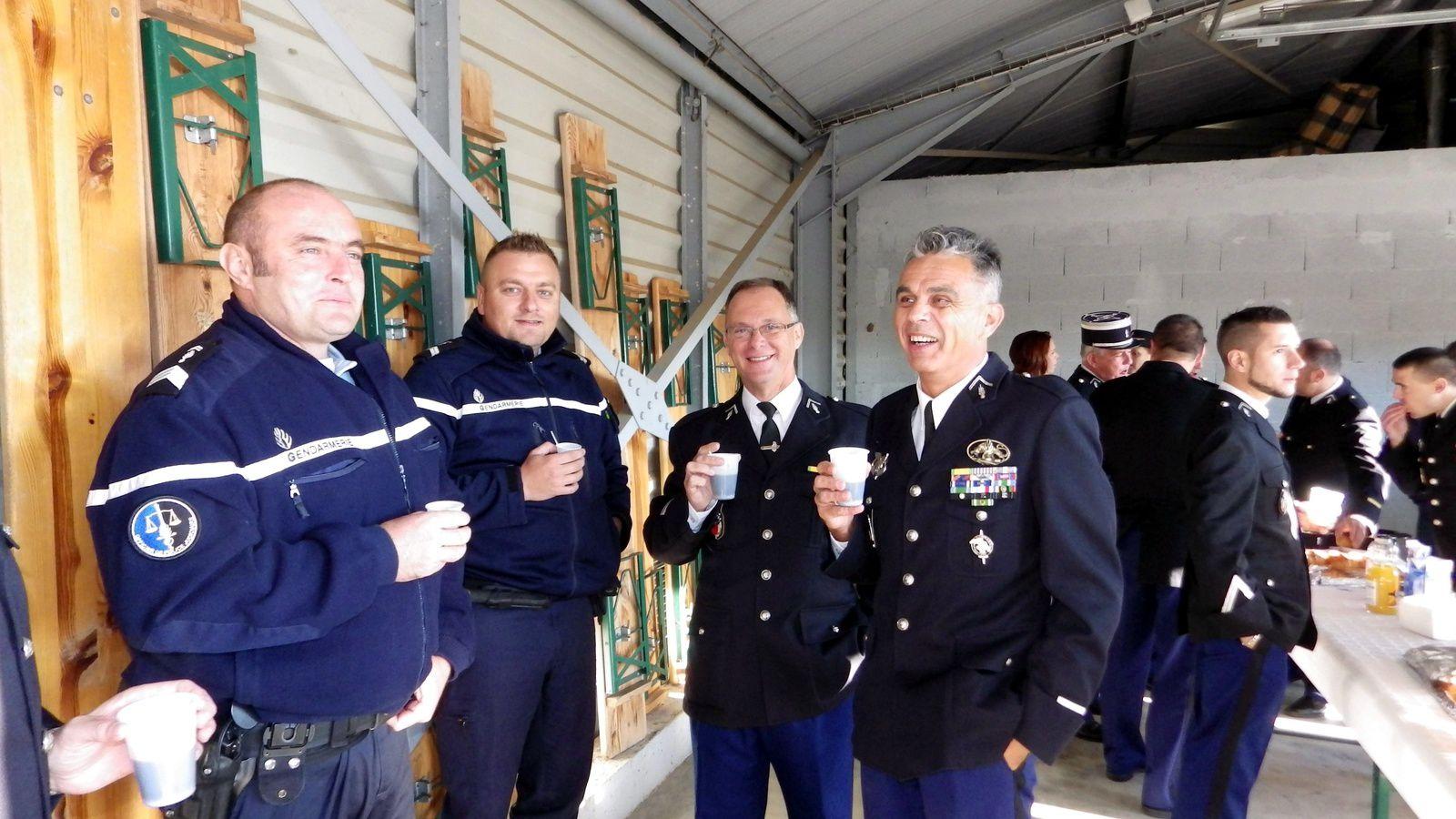 Cérémonie de prise de commandement du capitaine de Gendarmerie LAMY à la Brigade de BOUILLARGUES...