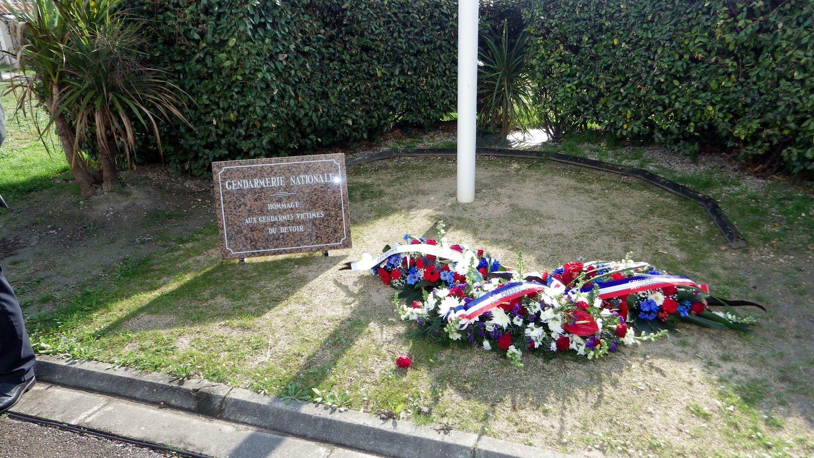 Cérémonie en hommage aux Gendarmes décédés au cours de l'année 2016 en service et autres !