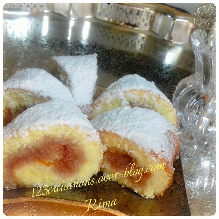 Gâteau roulé à la confiture de fraises