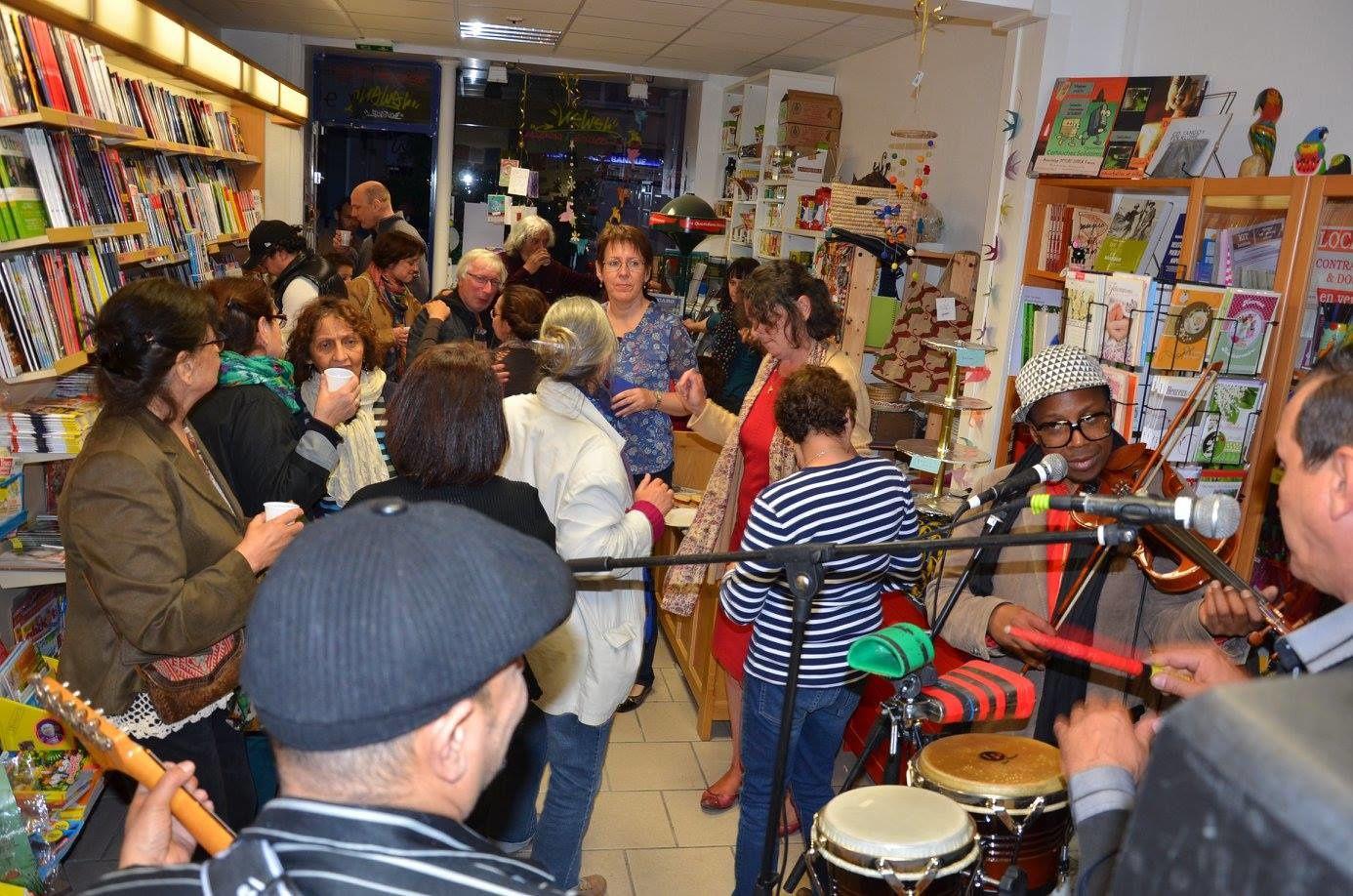 19 MAI 2015 Les 2 ans de la boutique Newen