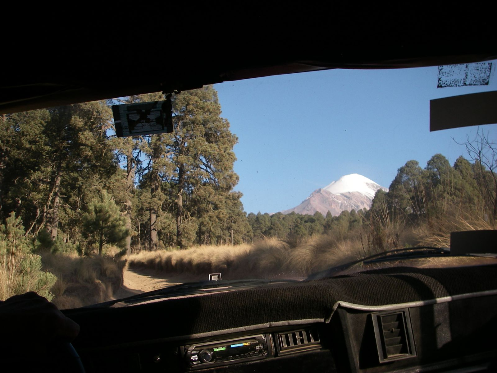 from the car, to La Piedra Grande.
