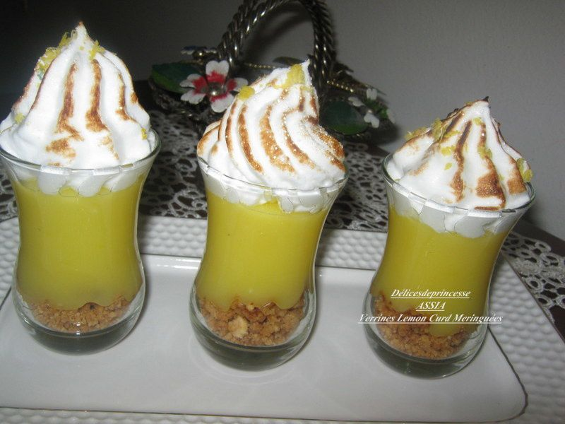 VERRINE CRUMBLE LEMON CURD MERINGUÉES