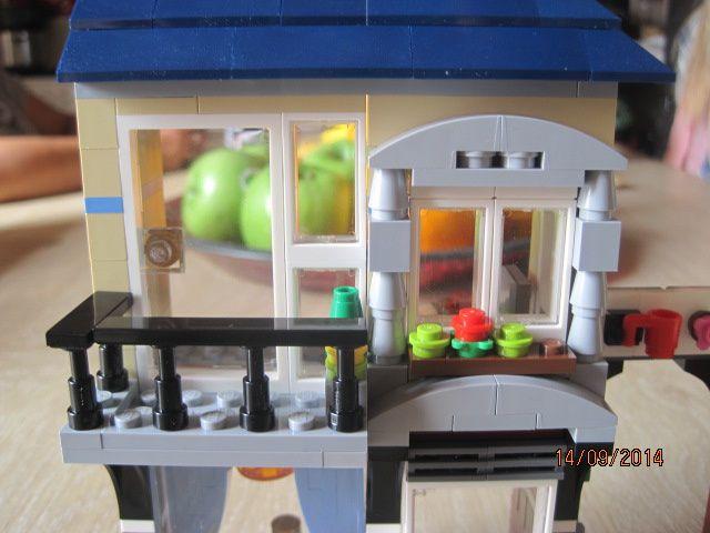 Lego Creator : Marchand de vélo et café