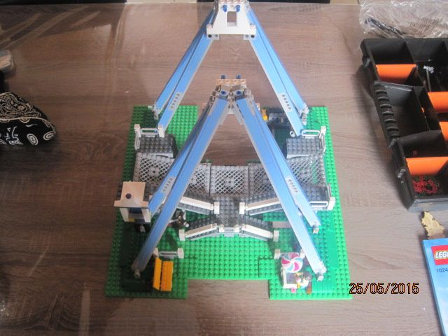 lego la grande roue 2 4 john verfaillie. Black Bedroom Furniture Sets. Home Design Ideas