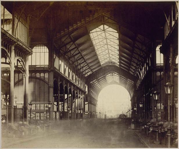 Intérieur des Halles Centrales, nouvelles halles de Baltard , Charles Marville, années 1870, Musée Carnavalet