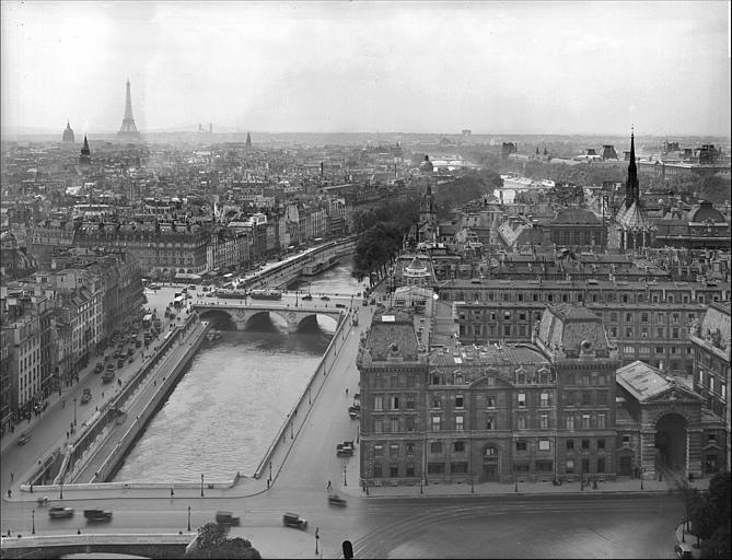 La préfecture de police de Paris, photographie de la  Société des archives photographiques d'art et d'histoire, 1932