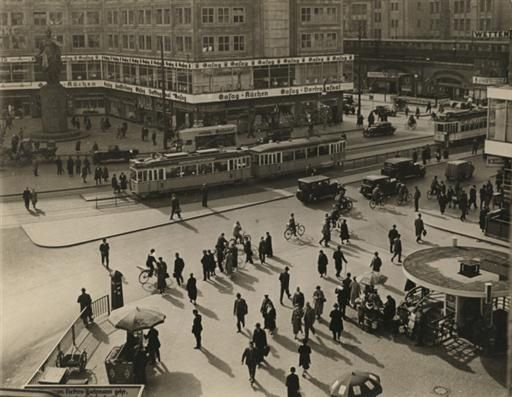 Berlin Alexanderplatz, 1934