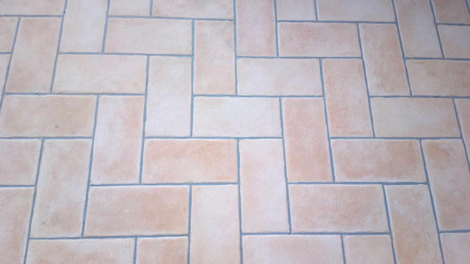 pavimenti esterni anti scivolo
