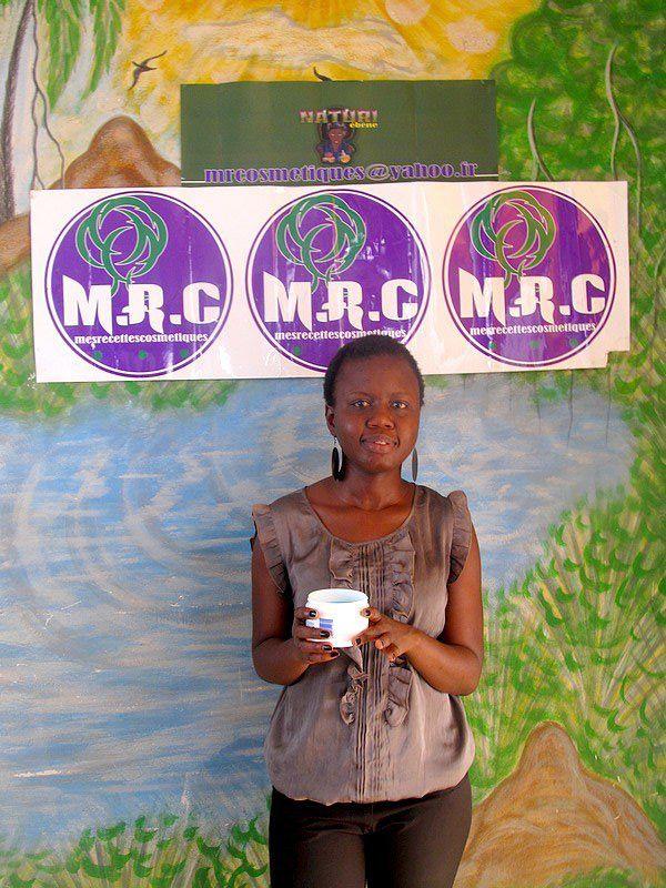 Atelier cosmétique et coaching cheveux crépus au Sénégal