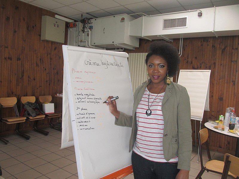 Atelier cosmétique avec l'association Young UP