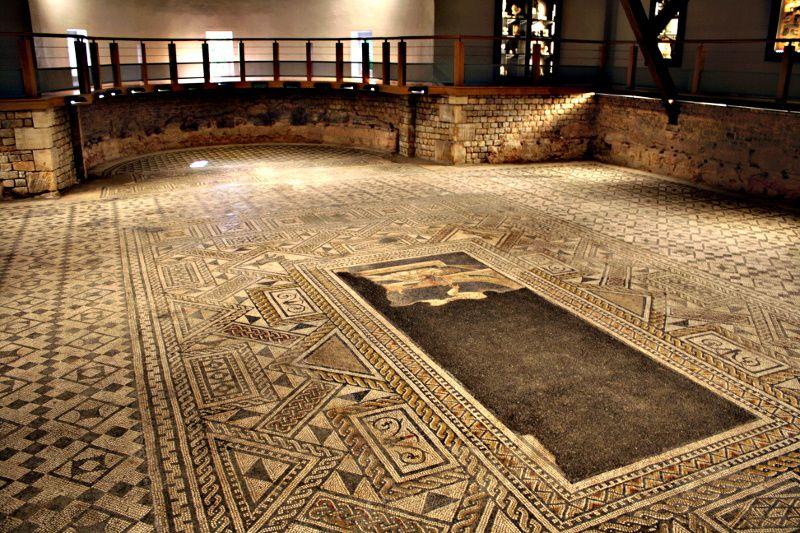 La mosaïque de Grand dans les Vosges  ©Christophe Courau